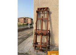 Fabbricazione artigianale  fabbricazione artigianale Usato