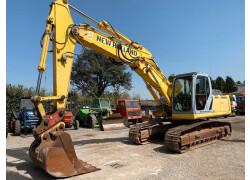 Escavatore New Holland E245b Usato