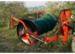Avvolgitore per teli raccolta olive