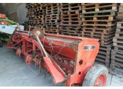 Seminatrice cerali meccanica kongskilde trattore Usato