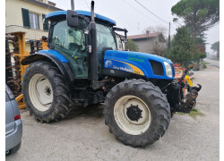 New Holland TS135A Usato