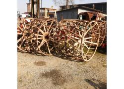 ruote a gabbia  ruote in ferro Usato