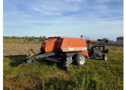 New Holland D710 - HESSTON 4820 Usato